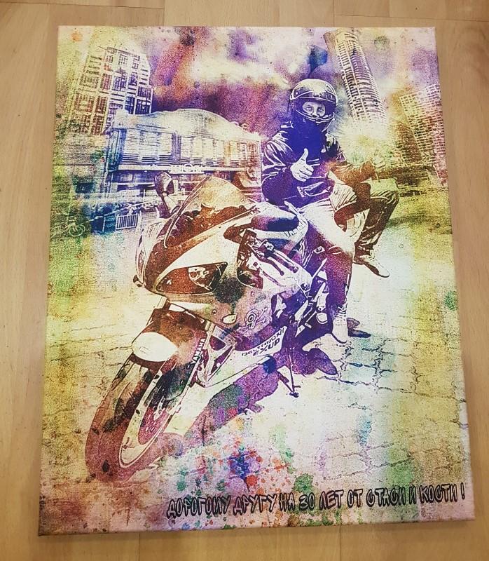 Гранж портрет мотоциклиста на холсте