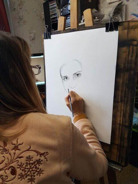 Контурный эскиз портрета